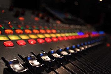 обработка и сведение вокала